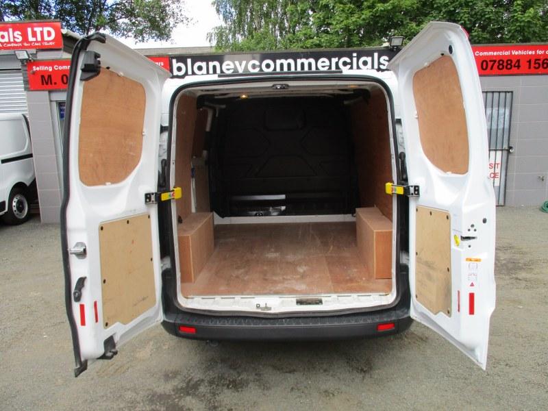 Ford Transit Custom Base 2.0TDCi 290 L1H1 Short Wheelbase Low Roof Panel Van 105PS