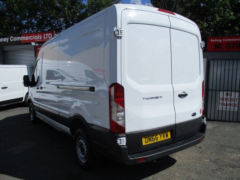 Ford Transit 350 Base 2.2TDCi L3H2 Long Wheelbase Medium Roof Panel Van 125PS