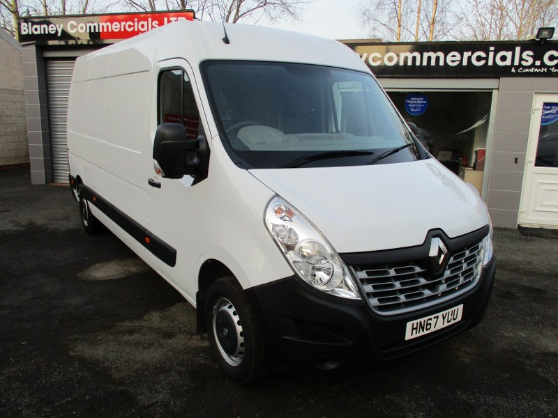 Renault Master LM35 2.3DCi FWD Business Long Wheelbase Medium Roof Panel Van 130PS