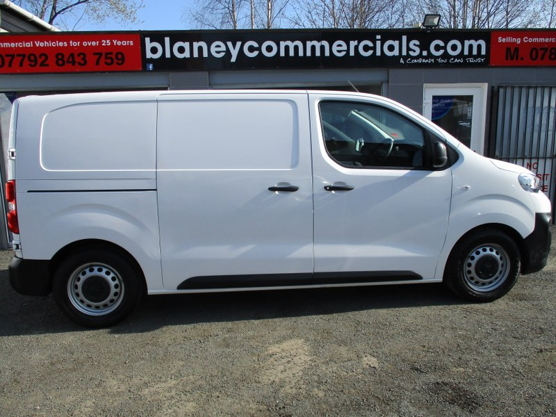 Peugeot Expert 1000 Professional 1.6BlueHDi L1H1 Short Wheelbase Standard Panel Van 95PS