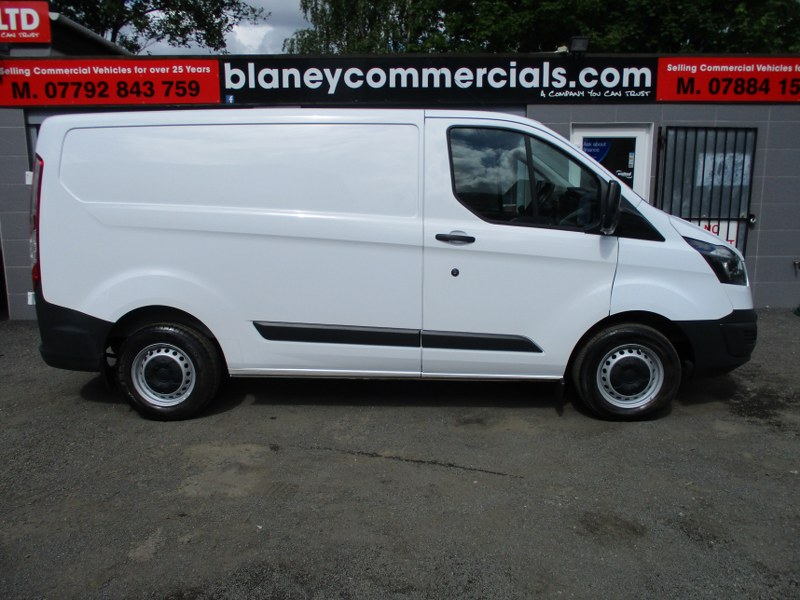 Ford Transit Custom 270 2.2TDCi L1H1 Short Wheelbase Low Roof Panel Van 100PS