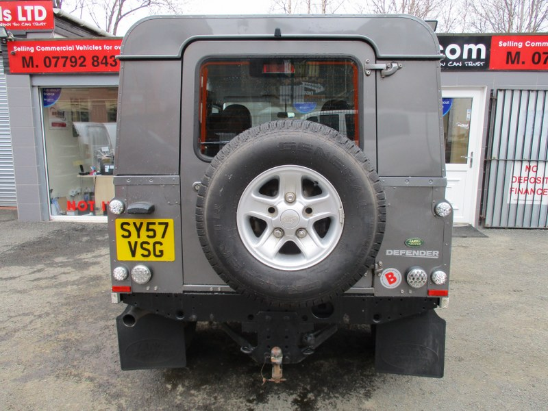 Land Rover Defender 110 Long Wheelbase XS Utility Wagon 122PS
