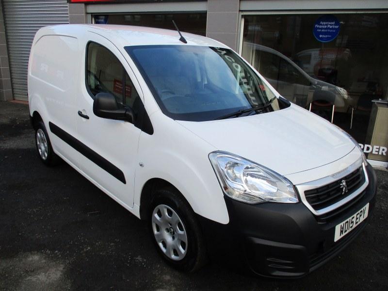 Peugeot Partner Professional 850 1.6 HDi L1 Short Wheelbase Panel Van 90PS