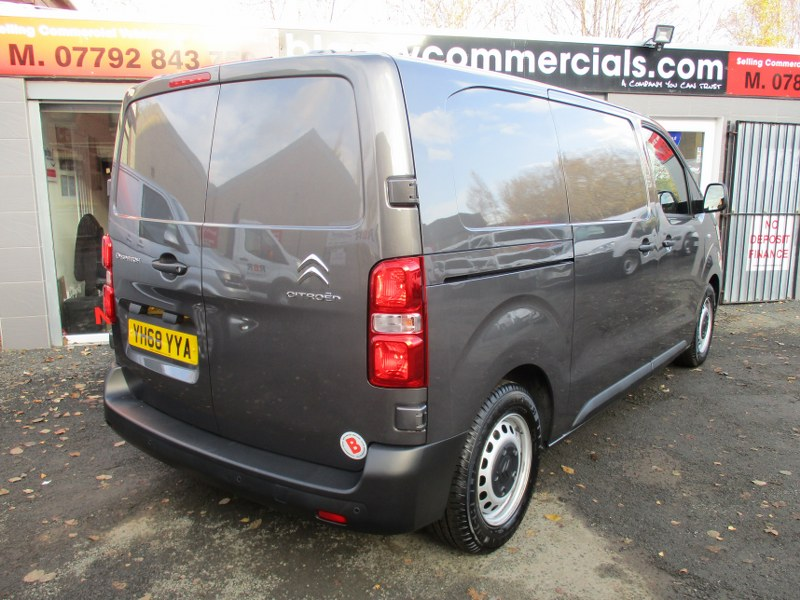 Citroen Dispatch 1000 1.6BlueHDi Enterprise M 4.94M Medium Wheelbase Panel Van 95PS
